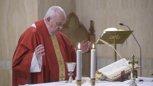 Papa: não se paga para se tornar cristão. É um dom do Senhor